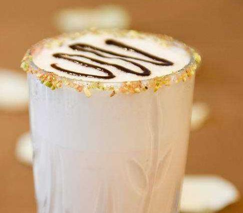 关于喝奶茶的唯美句子