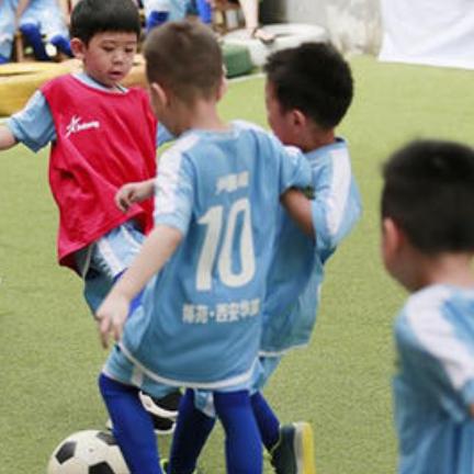足球特色幼儿园