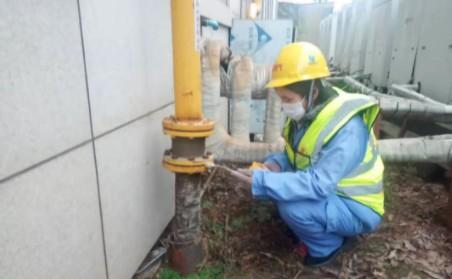 天然气巡线检测工不忘初心,燃气人坚守地下生命线
